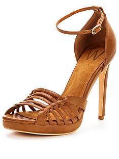 wallis-wallis-sandro-camel-platform-sandal