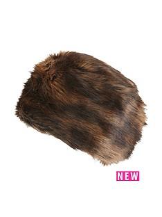 joe-browns-glamorous-faux-fur-hat