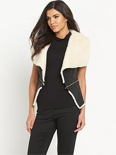 south-contrast-faux-fur-zip-giletnbsp