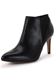 clarks-dalhart-salsa-heeled-shoe-boot