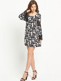 south-jersey-lace-trim-sleeve-dress