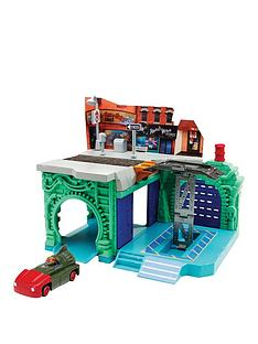 teenage-mutant-ninja-turtles-teenage-mutant-ninja-turtles-t--machine-playset-garage-amp-lair