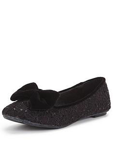 joe-browns-lace-velvet-bow-shoes
