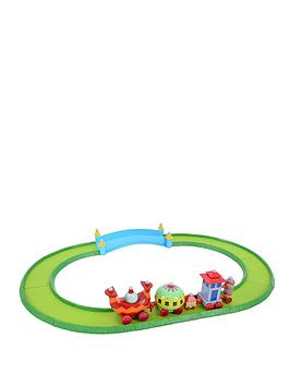 Photo of In the night garden ninky nonk train and track set