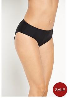 resort-control-wear-high-waist-briefs