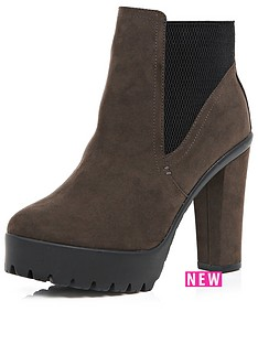 river-island-trudeampnbspchelsea-cleated-sole-heeled-boot