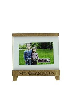 new-view-new-view-grandkids-wood-trim-photo-frame