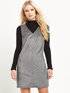 warehouse-suedettenbsppocket-shift-dress