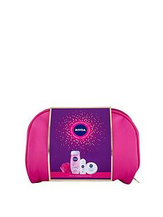 nivea-skin-gorgeousness-washbag-set