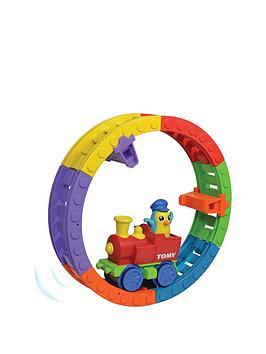 tomy-choo-choo-loop