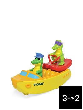 tomy-ski-boat-croc