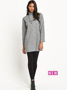 glamorous-high-neck-oversized-swing-dress