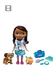 doc-mcstuffins-pet-vet-interactive-doc-and-pets