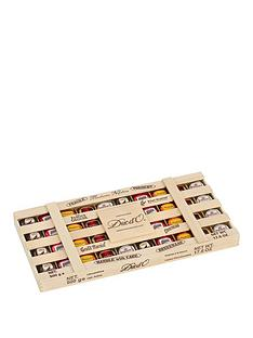 duc-do-wooden-crate-of-assorted-chocolate-liqueurs-500g