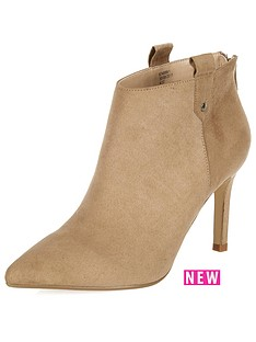 river-island-mid-heel-pointed-toe-western-boots