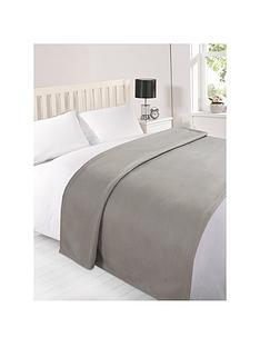 plain-fleece-blanket-silver