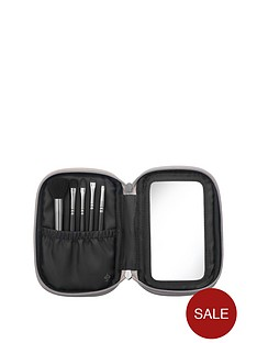 illamasqua-illamasqua-mini-brush-set