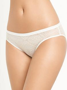 wonderbra-wonderbra-full-effect-lace-brazilian