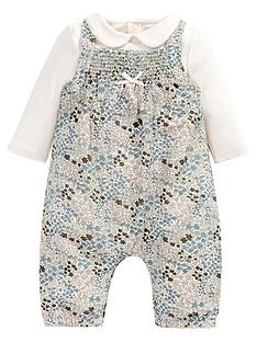 mamas-papas-2pce-floral-dungaree-set