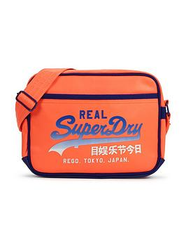 superdry-mini-alumni-messenger-bag