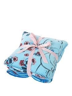 me-to-you-blanket-amp-cushion-gift-set