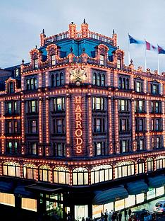 virgin-experience-days-sharing-platter-with-champagne-at-harrods-champagne-bar-for-two