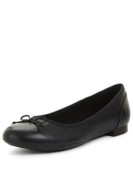 clarks-couture-bloomnbspleather-ballerina
