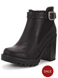 firetrap-quipper-chunky-heeled-ankle-boot