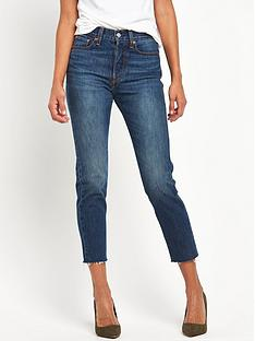 levis-wedgie-fray-hem-mom-fit-cut-off-jean