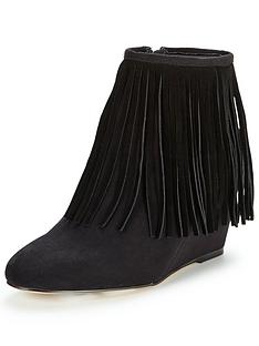 shoe-box-pnelson-wedge-fringed-bootp