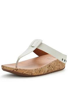 fitflop-ibiza-cork-toe-post-sandal
