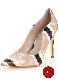 shoe-box-gladstone-nude-stripe-textured-point-shoe