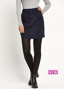 warehouse-pocket-detail-pelmet-skirt