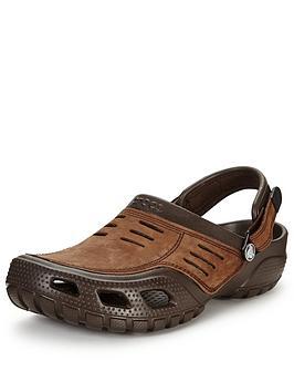 crocs-yukon-sport-sandal