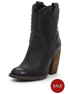 glamorous-western-ankle-bootsnbsp
