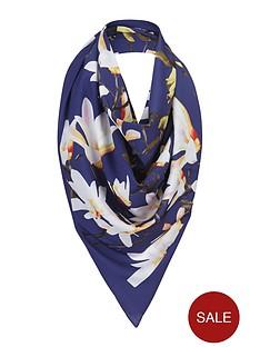 floral-blooms-scarf