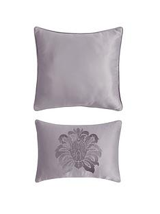 boston-cushion-pair