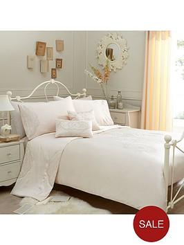 crystal-damask-duvet-cover-set-cream
