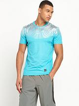Nike Hypercool Max Fitted T-shirt