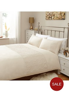 rose-embossed-duvet-set-ivory
