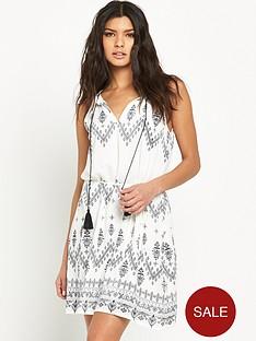 vila-vitokyo-dress