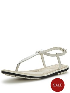 clarks-seattle-spice-sandals