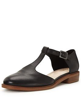 clarks-taylor-palm