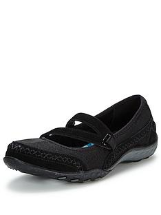 skechers-breathe-easy-love-story-pull-on-shoe
