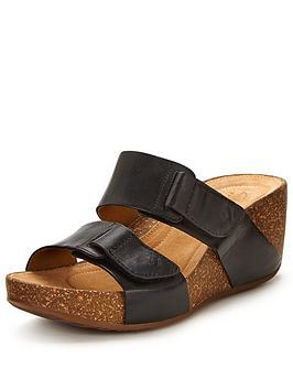 clarks-temira-east-sandal