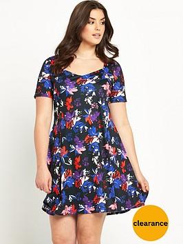 so-fabulous-sweetheart-neck-jersey-tea-dress