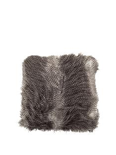 luxury-faux-fur-cushion