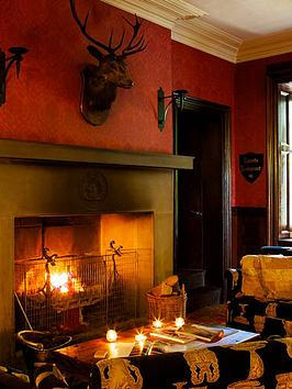 virgin-experience-days-one-night-break-with-dinner-for-two-at-tulloch-castle