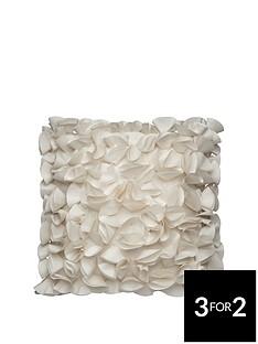 bustle-cushion