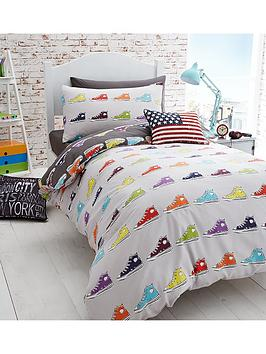catherine-lansfield-sneakers-single-duvet-cover-and-pillowcase-set